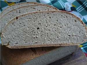 Черный, ржаной хлеб