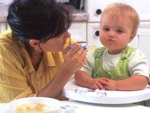 Как улучшить аппетит ребенка, если он совсем не хочет есть?