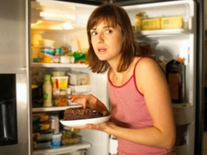Почему хочется вечером есть