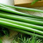 """Зеленый лук - """"вечнозеленое"""" лекарство круглый год!"""