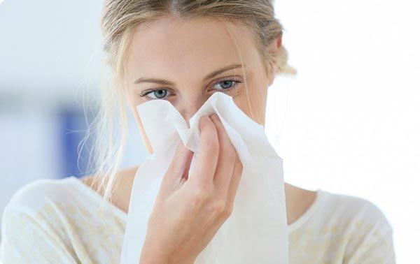 Как остановить носовое кровотечение?