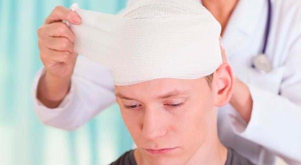 Сотрясение мозга: симптомы, первая помощь, лечение