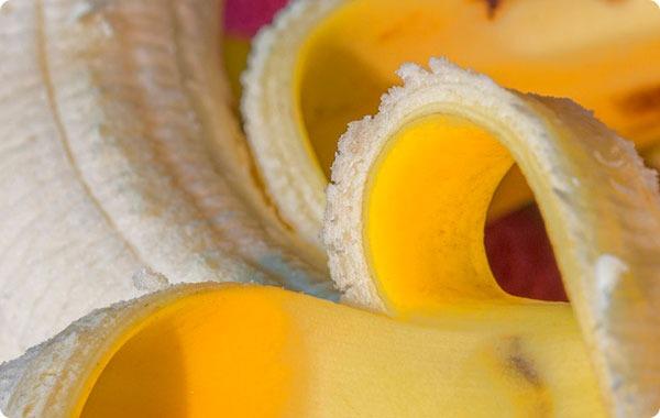 Банановая кожура: самые невероятные способы использования