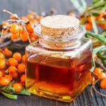 Облепиховое масло: 1001 лечебное свойство и способ применения